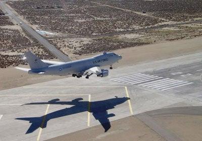 100212-airborne-laser-plane