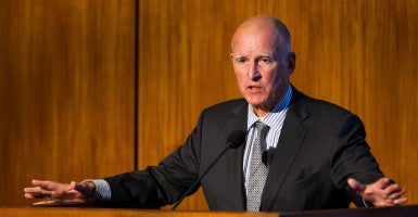 Gov. Jerry Brown signed a bill legalizing physician-assisted suicide in California last month. (Photo: Howard Lipin/ZUMA Press/Newscom)