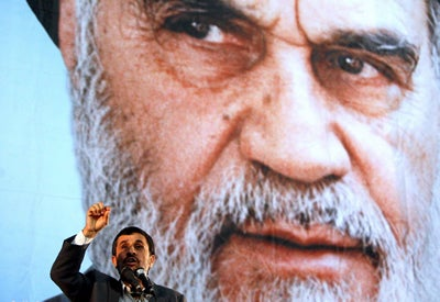 11-6-4-Ahmadinejad-Khomeini
