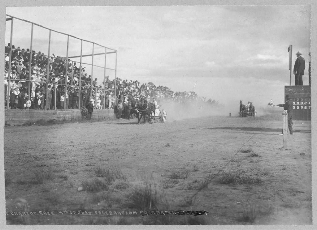 Chariot race at 4th of July celebration, dated between 1900-1930. (Photo: The Library of Congress)