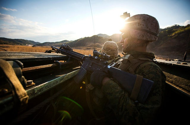 Marines with 2nd Battalion, 5th Marine Regiment, Battalion Landing Team, 31st Marine Expeditionary Unit at Su Seung-ri Range, Pohang, Republic of Korea. (Photo: Lance Cpl. Andrew Kuppers/Released)