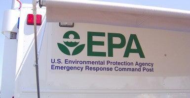 An EPA truck at an Earth Fair in Shawnee Mission Park, Kansas. (Photo: Emydidae/Creative Commons)