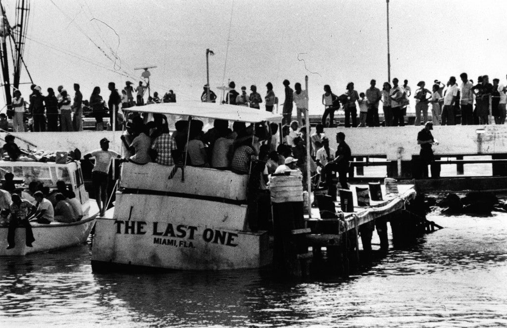 One of thousands of American yachts unloads Cuban refugees in the Florida Keys before returning to pick up more. (Photo: Florida Keys Public Library/CC By 2.0)
