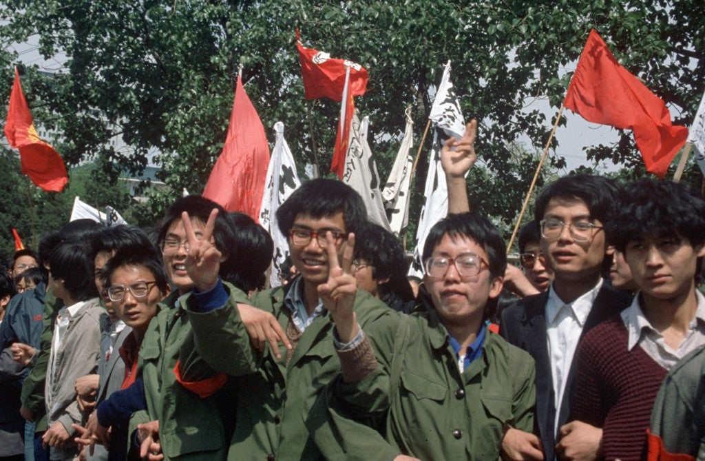 Protesting students during a demonstration on Tiananmen Square in Beijing, China on May 19, 1989. (Photo: Edgar Bauer/dpa/picture-alliance/Newscom)