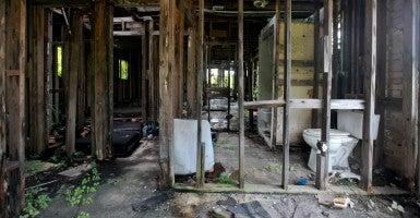 A home damaged in Hurricane Katrina (Photo: Charlie Varley/Sipa USA/Newscom)