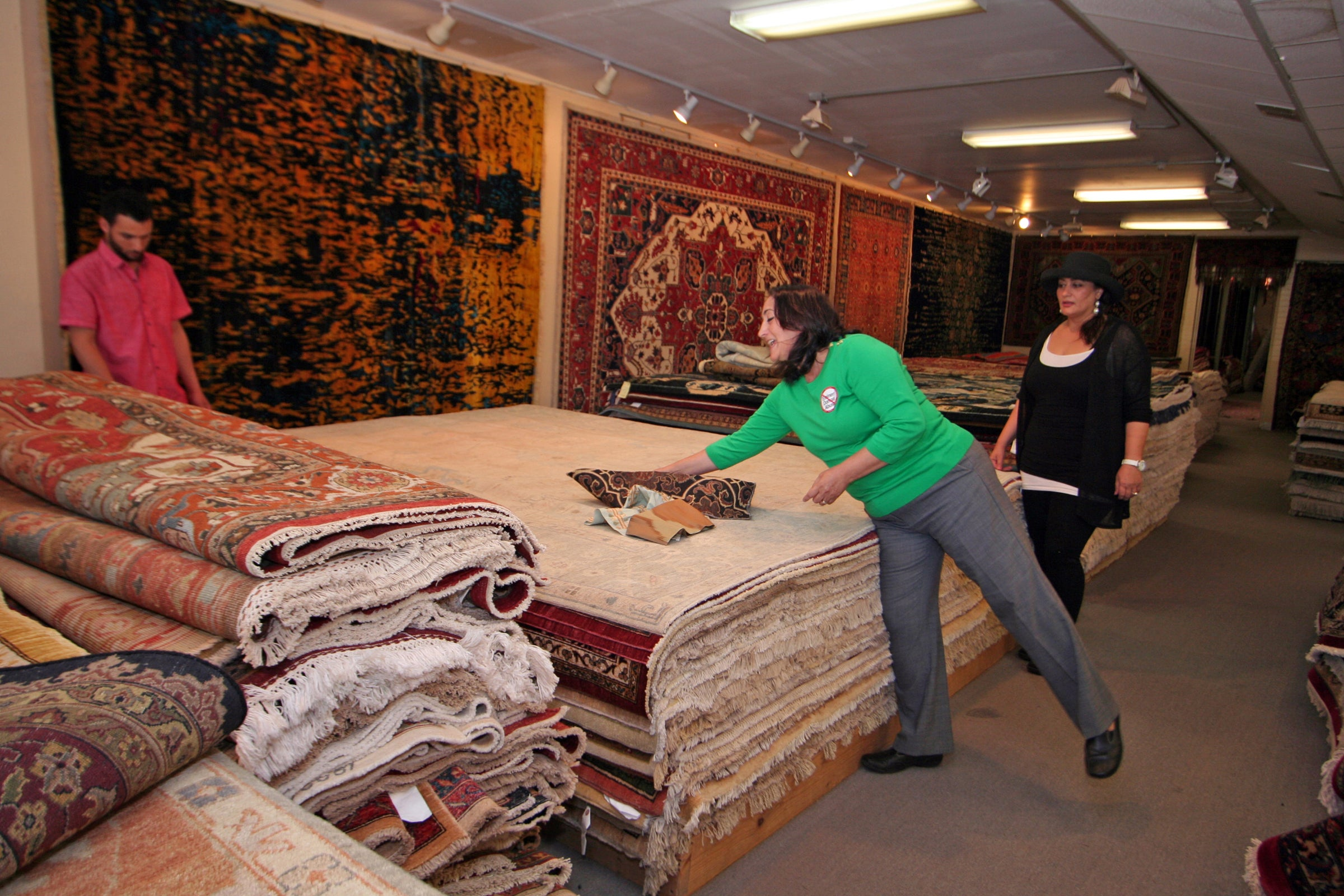Nasrin Kholghy Looks At Some Of The Rugs She S Authentic Persian And Oriental