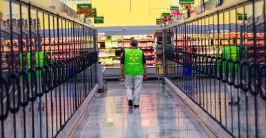 Some Wal-Mart stores have been reducing employee hours after an entry-level wage increase in April. (Photo: Lannis Waters/ZUMA Press/Newscom)