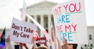 A new report from Americans for Tax Reform found that Obamacare enrollment dropped in 29 states, plus Washington, D.C., between the end of March and June. (Photo: Bill Clark/CQ Roll Call/Newscom)