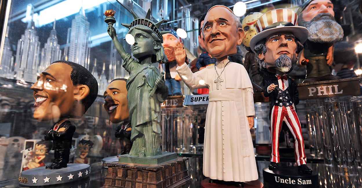 A Pope Francis bobblehead on display at the Grand Slam NY gift store on Times Square. (Photo: Matthew McDermott/Polaris/Newscom)
