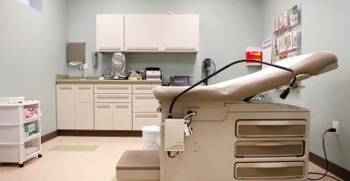 A general view of an exam room is seen inside the new Planned Parenthood facility in Houston, Texas, May 20, 2010. The Texas Office of the Inspector General served subpoenas for clinic records at several Planned Parenthood centers in the state on Thursday. (Photo: Aaron Sprecher/EPA/Newscom)