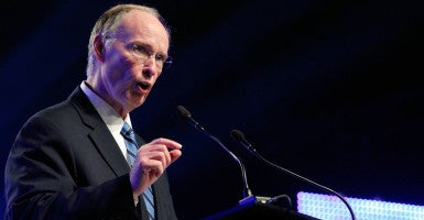 Alabama Gov. Robert Bentley speaks during a news conference in Mobile, Alabama. On Wednesday, Bentley was temporarily prevented by a federal judge from ending Alabama's Medicaid contract with Planned Parenthood. (Photo: Jonathan Bachman/Reuters/Newscom)