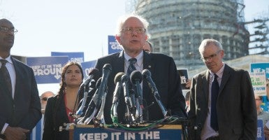 'We've got to work with China': Sen. Bernie Sanders, I-Vt., talks about his proposed Keep It in the Ground Act. (Photo: Jeff Malet)