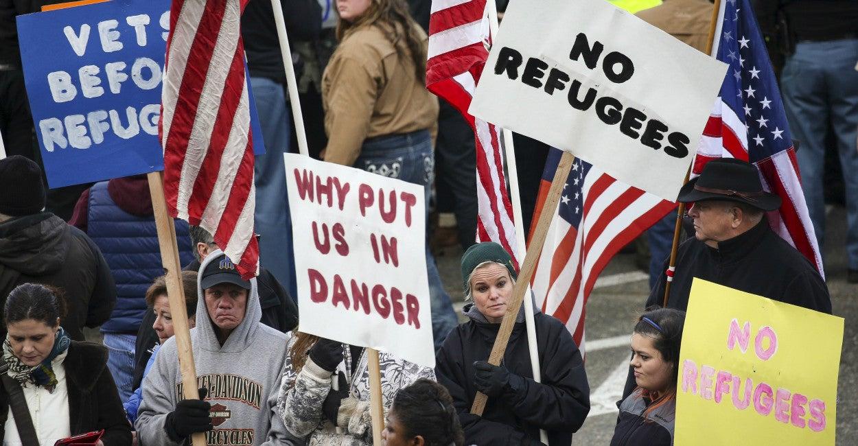151120_RefugeeTerroristThreat_Gill-1250x650.jpg