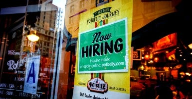 "A ""Now Hiring"" sign in a Potbelly sandwich shop in New York City. (Photo: Richard B. Levine/Newscom)"