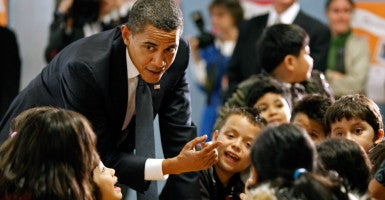President Obama visits third- and fourth-graders during lunch period at  Viers  Mill Elementary School in Silver Spring, Md. (Photo: Chip Somodevilla/EPA/Newscom)