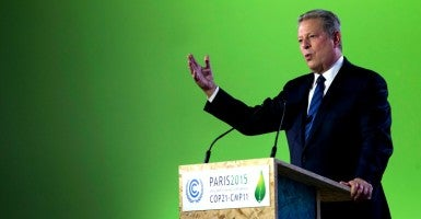 Former U.S. Vice-President Al Gore at the Paris Climate Conference. (Photo: Ian Langsdon/EPA/Newscom)