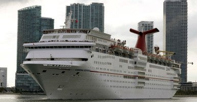The Carnival cruise ship Ecstasy leaves the port in Miami, Florida, September 18, 2015. (Photo: Joe Skipper/Reuters/Newscom)