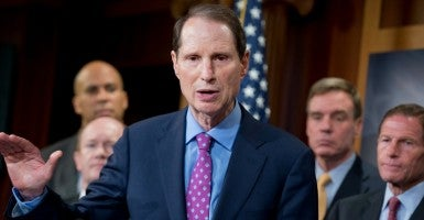 Sen. Ron Wyden, D-Ore. (Photo: Tom Williams/CQ Roll Call/Newscom)