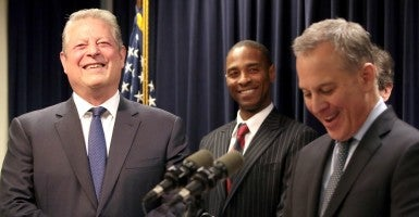 New York State Attorney General Eric Schneiderman with former Vice President Al Gore and Virgin Islands Attorney General Claude Walker. (Photo: Andrew Schwartz/Newscom)