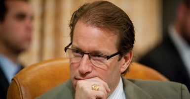Reps. Peter Roskam, R-Ill., and Joseph Crowley, D-N.Y., are introducing a bill prohibiting the IRS from seizing money from innocent people under civil forfeiture unless the agency proves it's tied to a crime. (Photo: Bill Clark/CQ Roll Call/Newscom)