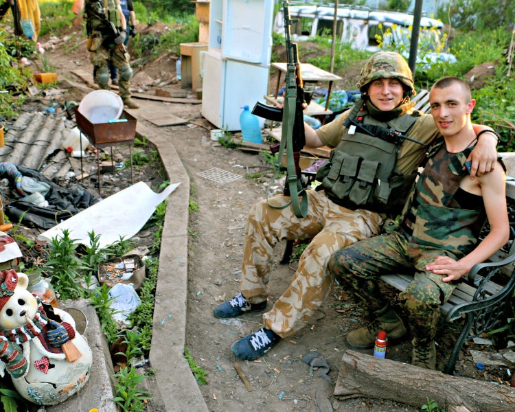 Ukrainian soldiers in eastern Ukraine. (Photo: Nolan Peterson/The Daily Signal)