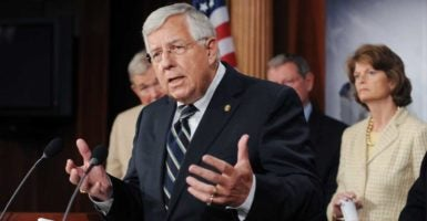"The the United Mine Workers of America deal does ""absolutely nothing for miners who are not members of the UMWA,"" Sen. Mike Enzi, R-Wyo., said. (Photo: Michael Reynolds/EPA/Newscom)"