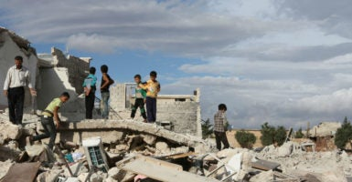 Airstrikes in the town of Hutah, in western Aleppo, have caused three deaths, and a number of injuries in addition to great damage to the buildings. Activists have argued that the airstrikes were carried out by Russian jets shelling rockets used for the first time. (Photo: Juma Muhammad/Zuma Press/Splash News /Newscom)