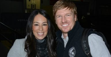 We have no idea what HGTV's Chip and Joanna Gaines personally think about same-sex marriage, but they're under attack  for what their pastor preaches. (Photo: Evereta Collection/Newscom)