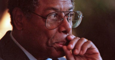"Thomas Sowell's revised and enlarged edition of ""Wealth, Poverty and Politics"" offers key insights into why some nations grow wealthy, and others don't. (Photo: Chuck Kennedy/KRT /Newscom)"