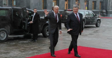 Ukrainian President Petro Poroshenko (right) meets with U.S. Vice President Joe Biden (front left) in Kyiv, Ukraine, Jan. 16, 2017. (Photo: Sergii Kharchenko/NurPhoto/Sipa/Newscom)