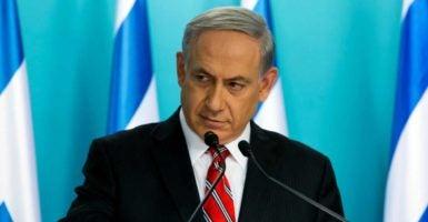 Israeli Prime Minister Benjamin Netanyahu received a phone call from President Donald Trump during Trump's first week in office. (Photo: Jim Hollander/EPA/Newscom)