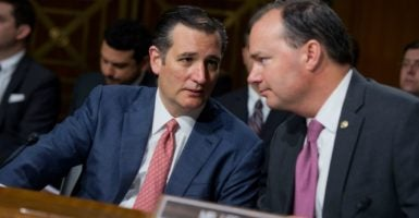 Sens. Ted Cruz, R-Texas, and Mike Lee, R-Utah, have called for Republicans to pass a bill with the same language as the 2015 Obamacare repeal bill. (Photo: Tom Williams/CQ Roll Call/Newscom)