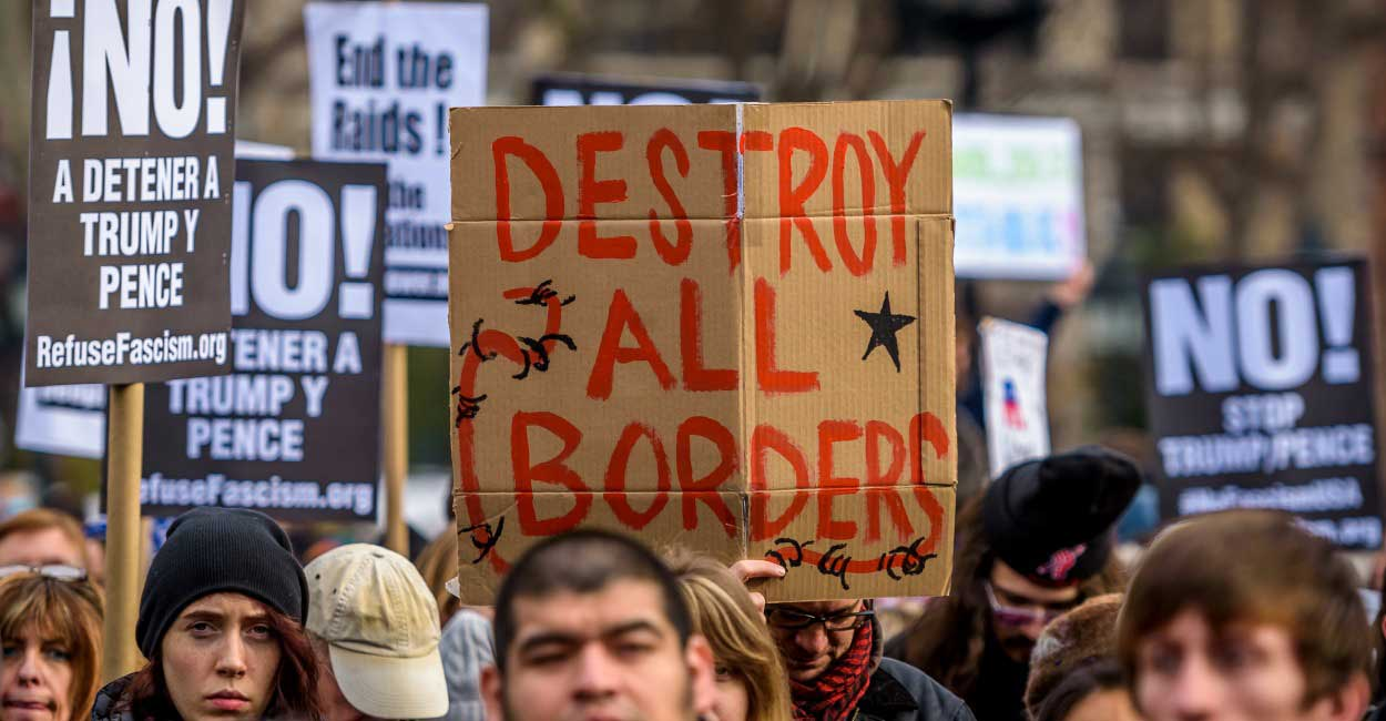 Immigration Reform >> Students Demand College Start Fund for Illegal Immigrants