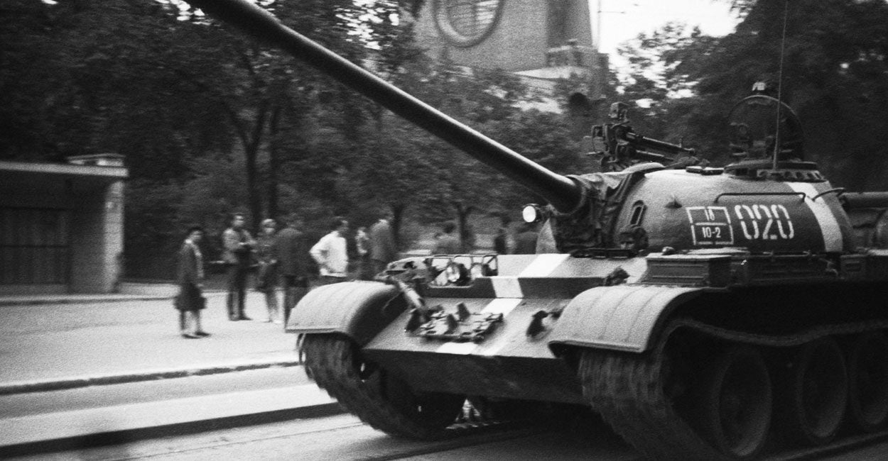 Prague Spring: two thousand tanks against two thousand words 32