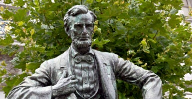 Abraham Lincoln width=