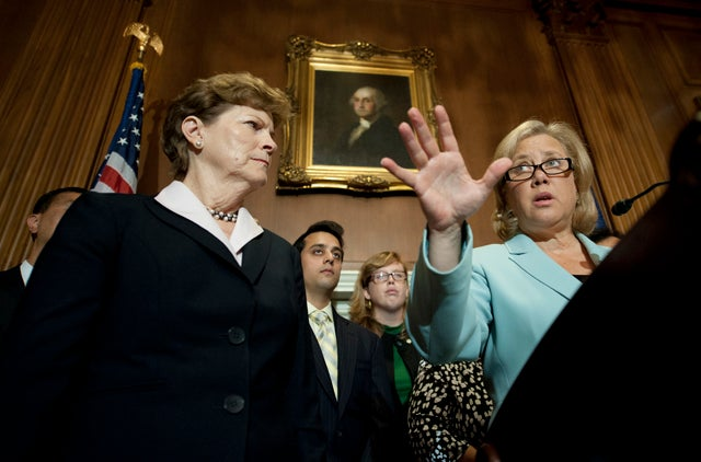 Senators Jeanne Shaheen and Mary Landrieu (Credit: Douglas Graham/CQ Roll Call/Newscom)