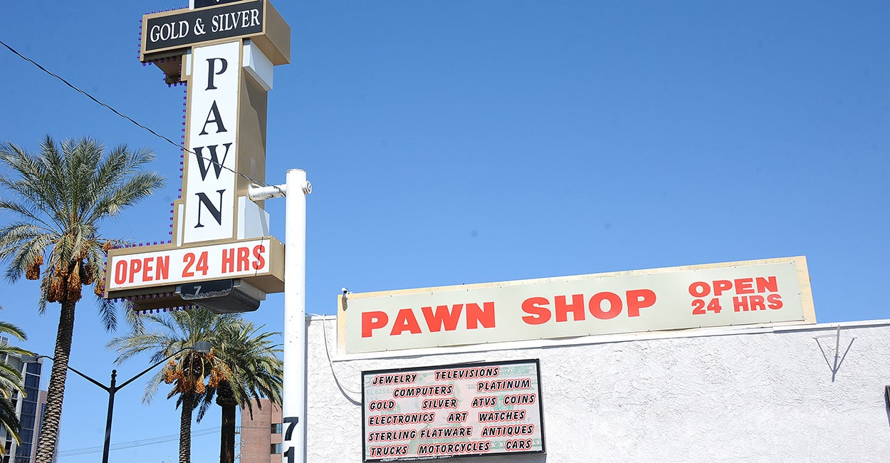 pawn shop industry analysis Learn about the various ways that a pawn shop makes money,  industry trends,  how pawnshops make money.