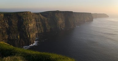 Ireland, Cliffs of Moher along the coast of the Atlantic Ocean for 8 kilometers (Photo: Newscom).