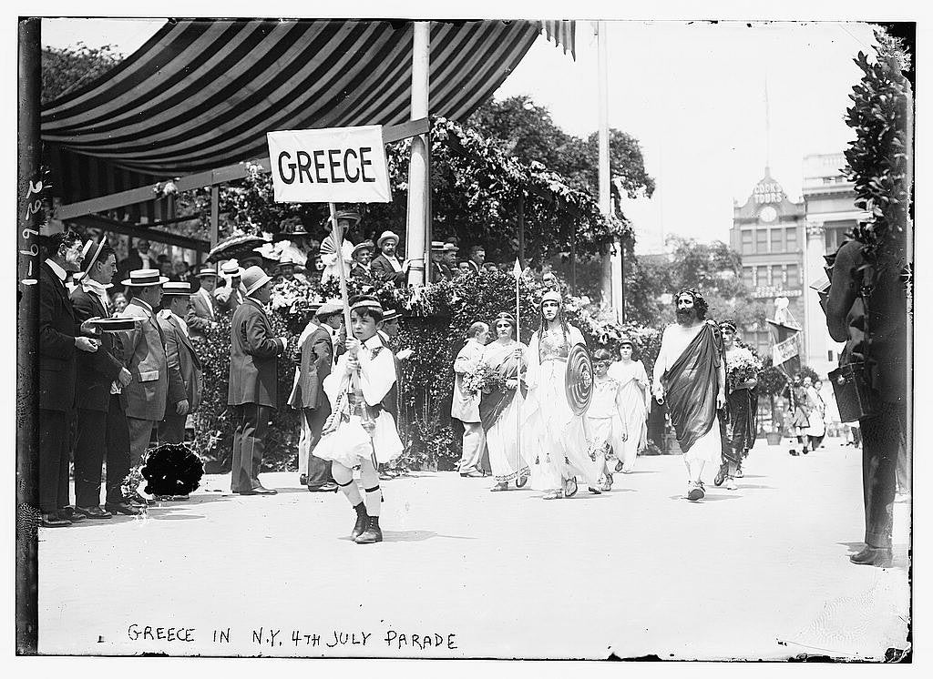 Greek Americans march in a celebratory parade in N.Y., dated between 1910-1915. (Photo: The Library of Congress)
