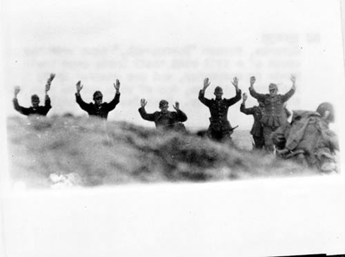 German troops surrender to Soldiers during the Allied Invasion of Europe. (Photo: US Army/Flickr)
