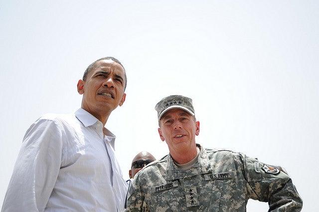 Then-Sen. Barack Obama and David Petraeus in 2008. (Photo: U.S. Air Force/Staff Sgt. Paul Villanueva II)