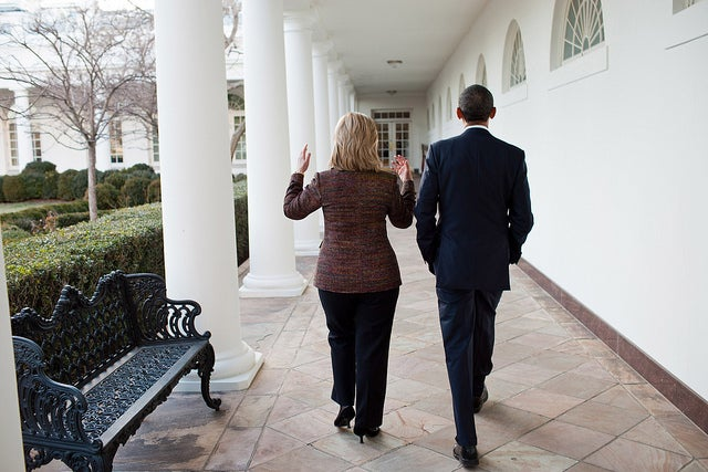 President Barack Obama walks along the Colonnade of the White House with Secretary of State Hillary Clinton. (Photo: Pete Souza)