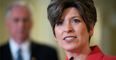 Sen. Joni Ernst is sponsoring a bill defunding Planned Parenthood. (Photo: Tom Williams/CQ Roll Call/Newscom)