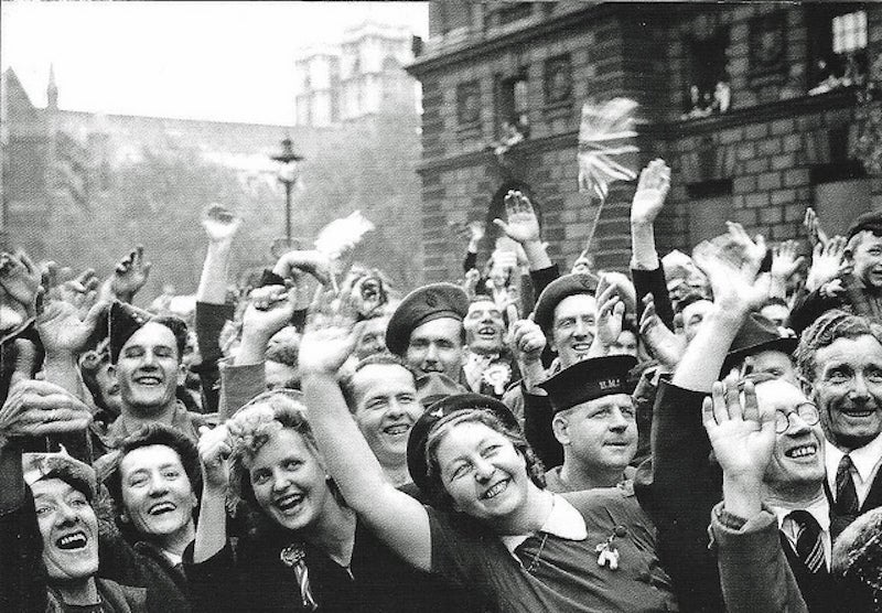 Excited and proud crowds in Parliament Street cheer for the end of the war in 1945. (Photo: Leonard Bentley/CC by 2.0)