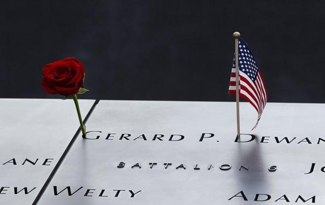 9-11-memorial-flag-rose