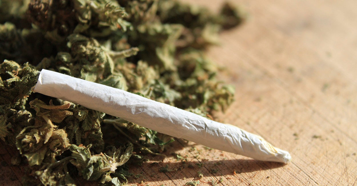 Should i smoke a joint before writing an essay?