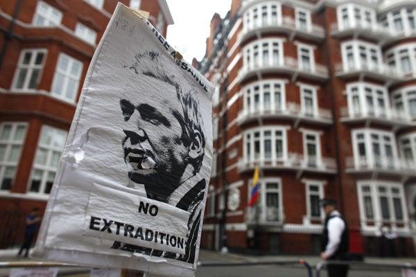 Assange-poster-120817