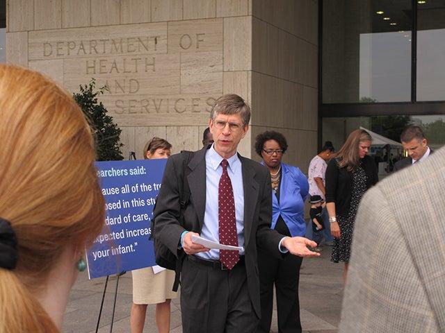 Dr. Michael Carome of Public Citizen speaks  last summer outside HHS headquarters. (Photo: Angela Bradbery)