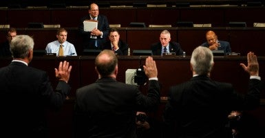 Chairman Trey Gowdy, R-S.C., swears in the witnesses during the House Select Committee on the Events Surrounding the 2012 Terrorist Attack in Benghazi hearing. (Photo: Bill Clark/CQ Roll Call/Newscom)
