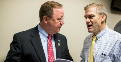 Reps. Bill Flores and Jim Jordan, leaders of the conservative Republican Study Committee and House Freedom Caucus respectively, are pushing for lower spending for the 2017 budget. (Photo: Bill Clark/CQ Roll Call/Newscom)